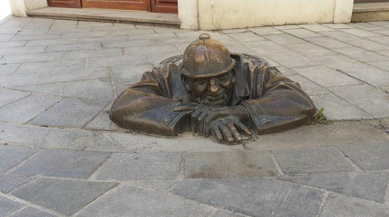 Man at Work o Čumil Bratislava