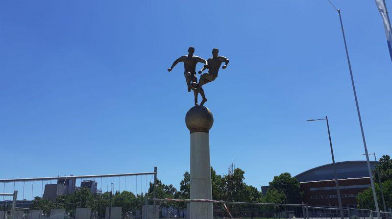 Monumento al Equipo de Oro